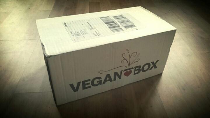 Vegane Wundertüte vor der Haustür: Die VEGAN BOX