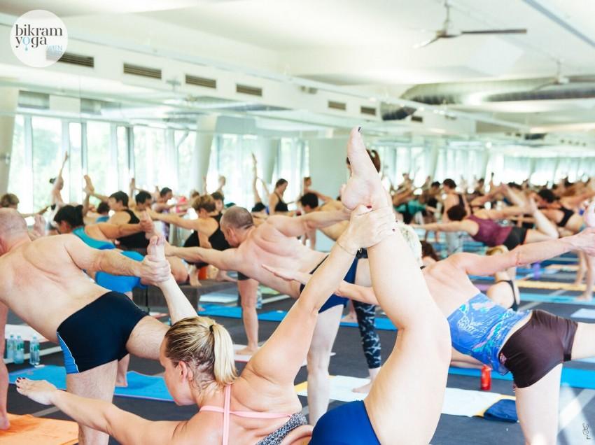 Bikram Yoga: Mein Weg zurück zur Fitness