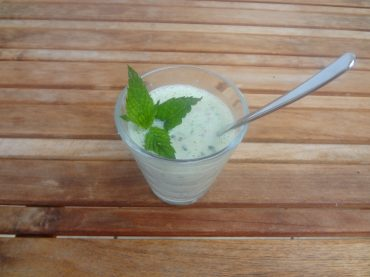 Schnelle, vegane Rezepte zur Vorratsverwertung: Kalte Gurkensuppe