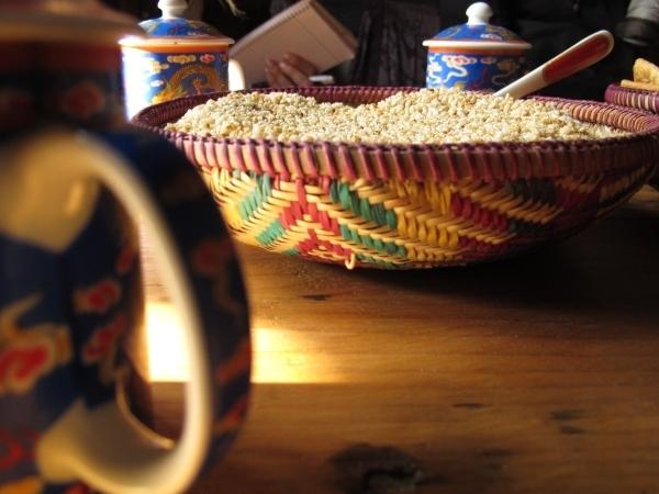 Prost, aufs echte Bhutan! Foto: Doris