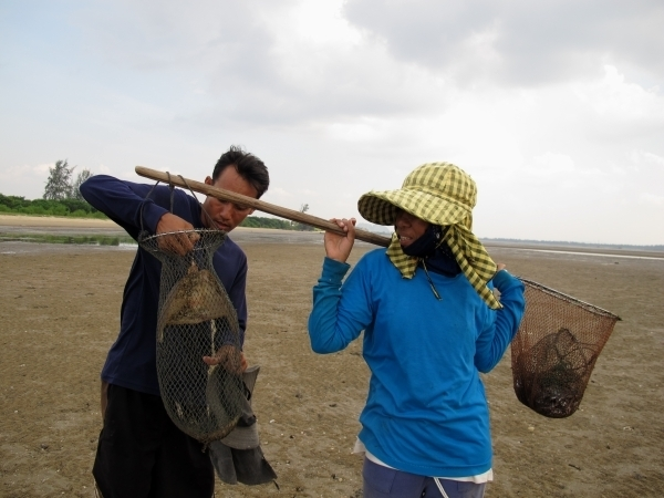 Ob ich wohl so einen großen Fisch gefangen hab? Foto: Doris