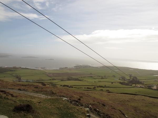 Auf der Zip-Line wäre es nach unten gegangen. Der Wind hat es verboten. Foto: Doris