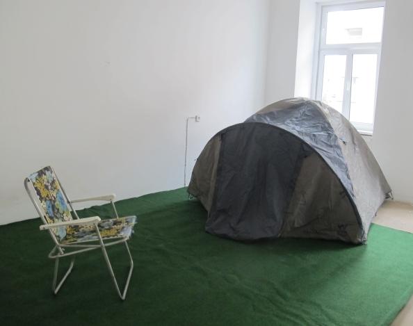 Indoor statt Outdoor-Camping: Im Pop_Inn 111 findet man für jede Herausforderung eine Lösung. Foto: Doris
