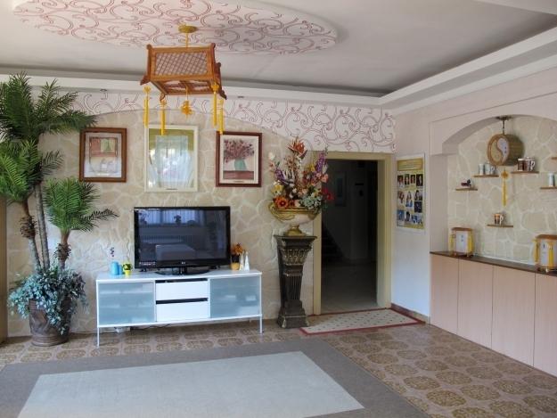 Ein Teil des Eingangsbereichs von der Loving Hut Pension. Foto: Doris