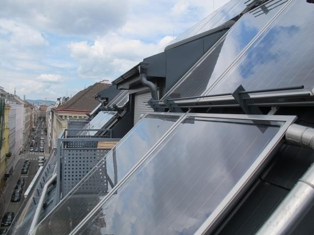 Das Hotel Wilhelmshof hat schon seit 2008 die größte Solaranlage - aber erst 2010 davon erzählt. Foto: Doris