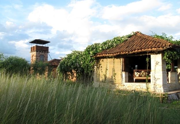Das Haupthaus des Sarai at Toria liegt vor uns. Foto: Doris
