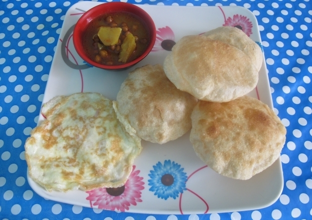 Indisches Frühstück bei den Lamas. Foto: Doris