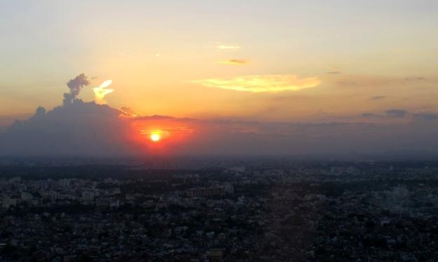 Indiens idyllische Seite(n): Sonnenuntergang beim Tigerpalast bei Jaipur. Foto: Doris